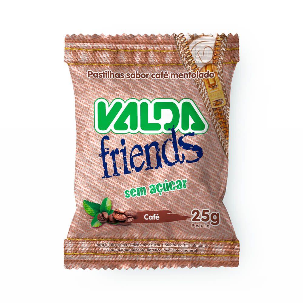 VALDA_FRIENDS_CAFE_1